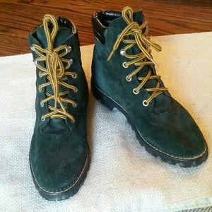 ESPRIT boots size 5.5 leather